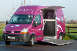 C and M Horseboxes