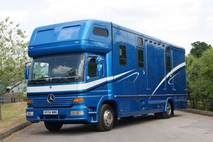 Equine Services - Custom Built Horseboxes